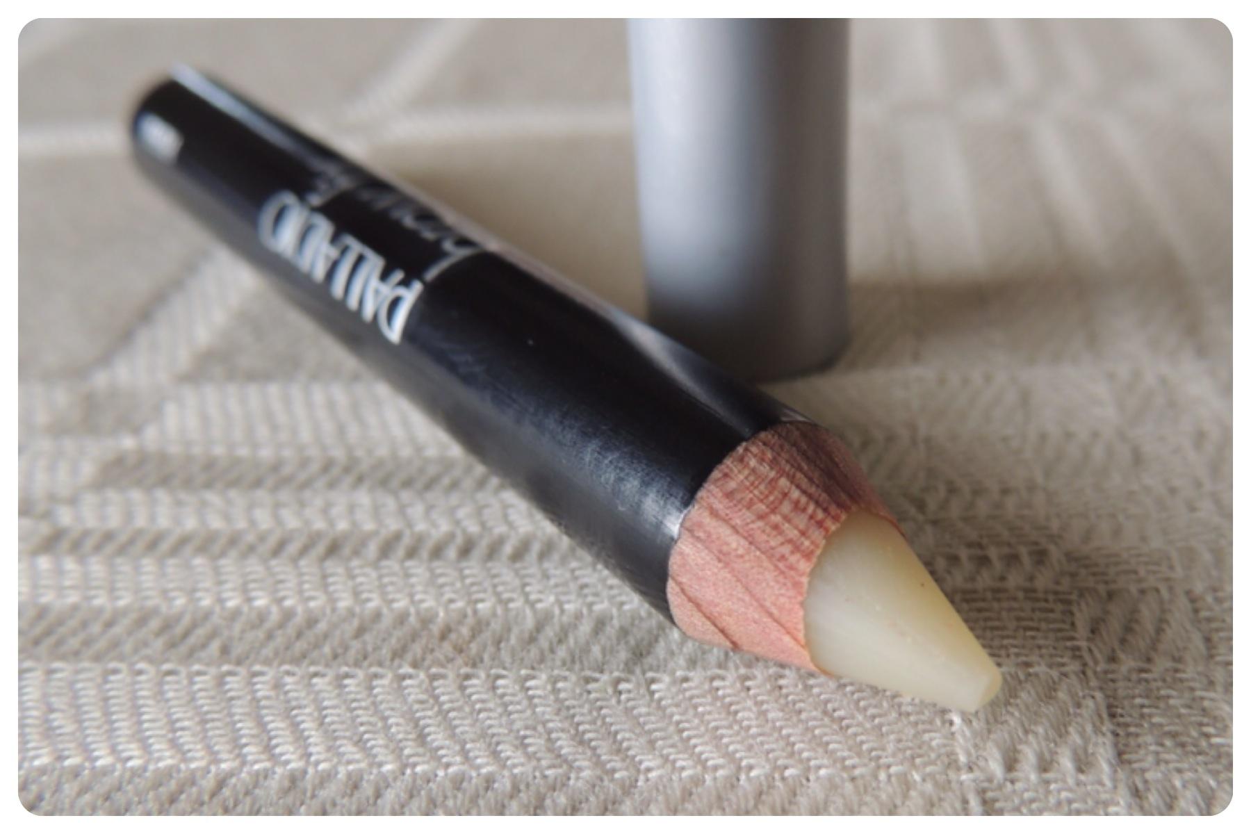 Como dar estilo às sobrancelhas? Mister Eyebrow – Fixing Pencil da Givenchy.